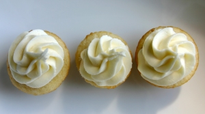 Nillalove with Vanilla Cream Cheese Frosting
