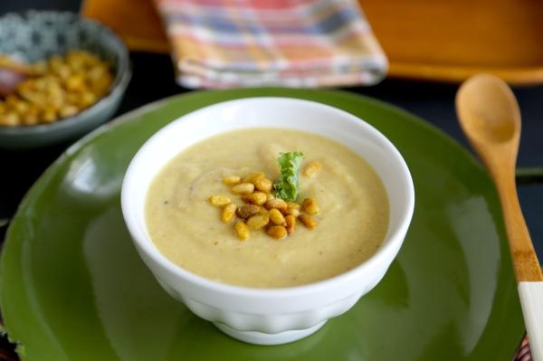 Curried_Coconut_Cauliflower_Soup_001