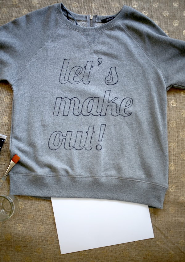 LETS_MAKE_OUT_SWEATER_006
