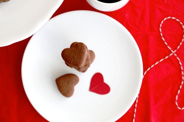 Salted-Caramel_Chocolate_Sandwich_Cookies_003