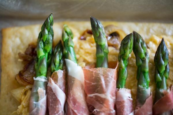 Asparagus_Prosciutto_Tart_022