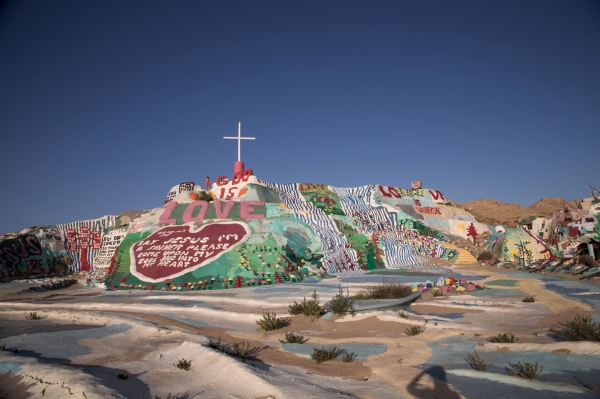 Salvation_Mountain_004