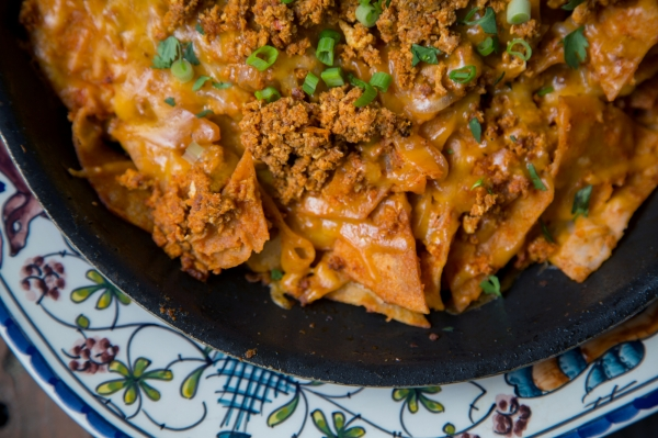 Chilaquiles_two_ways_001