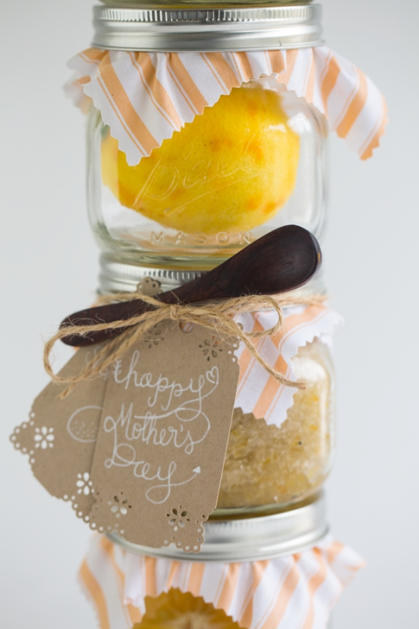 Meyer_Lemon_Sugar_Scrub_001