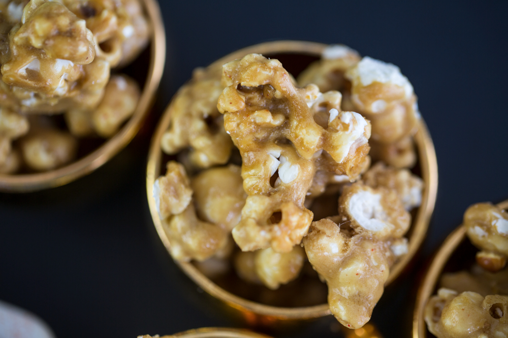 From the Kitchen: Spicy Caramel Popcorn | {love+cupcakes} Blog