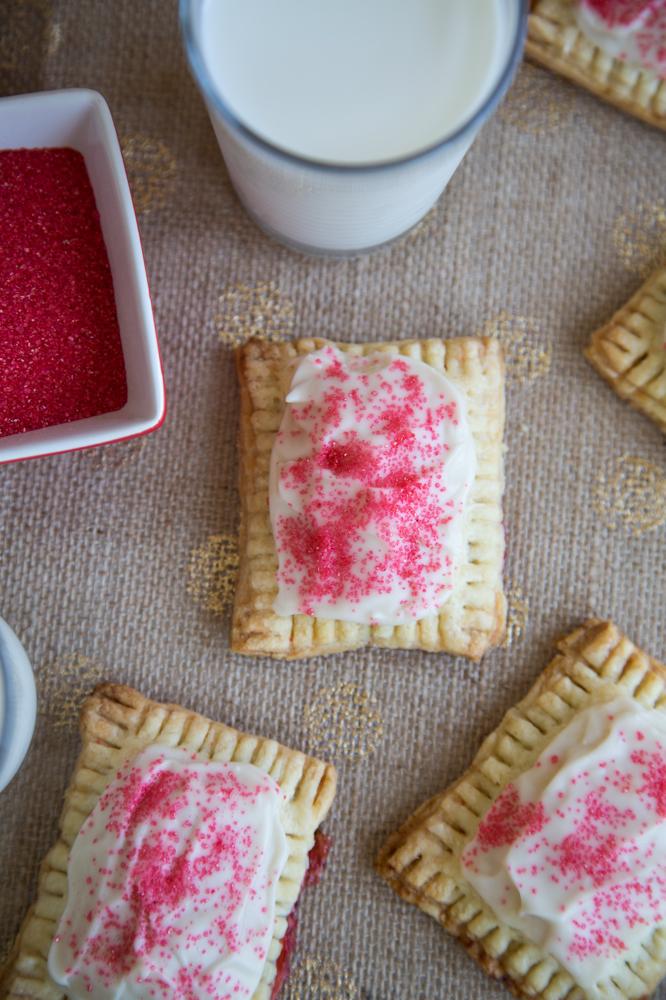 Strawberry_Rhubarb_Pop_Tarts_001. Strawberry_Rhubarb_Pop_Tarts_002
