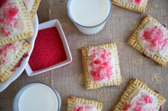 Strawberry_Rhubarb_Pop_Tarts_002