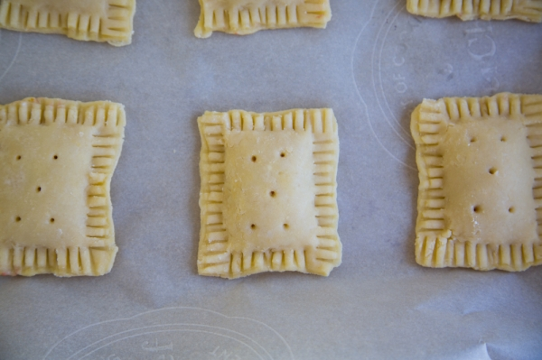 Strawberry_Rhubarb_Pop_Tarts_006