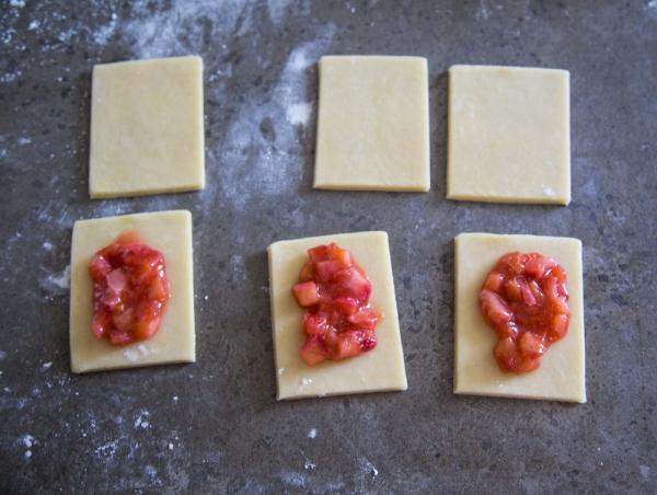 From The Kitchen Strawberry Rhubarb Pop Tarts Lovecupcakes Blog - Smitten kitchen pop tarts