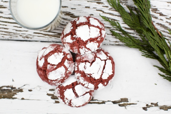 Red_Velvet_Crinkle_Cookies_004