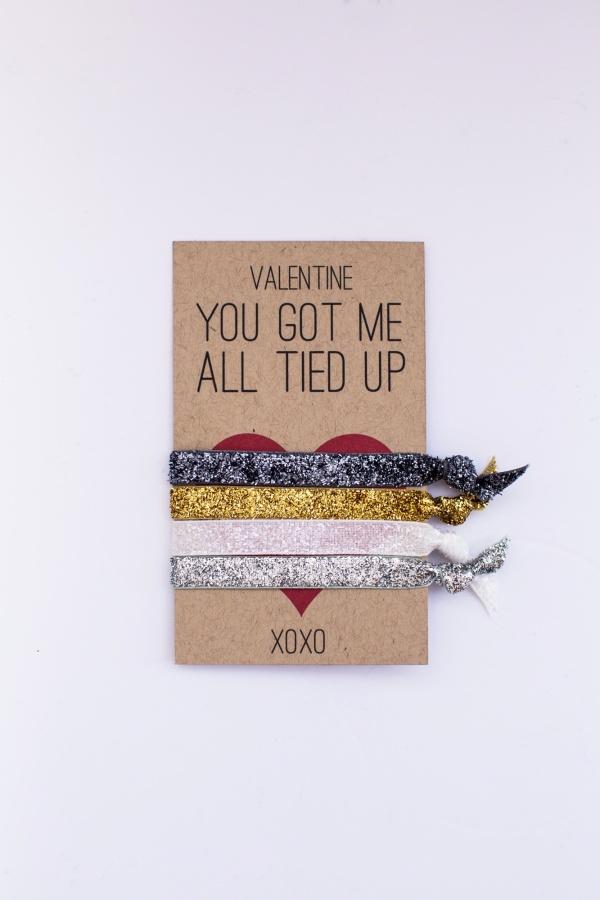DIY-Hair-Tie-Valentine-002