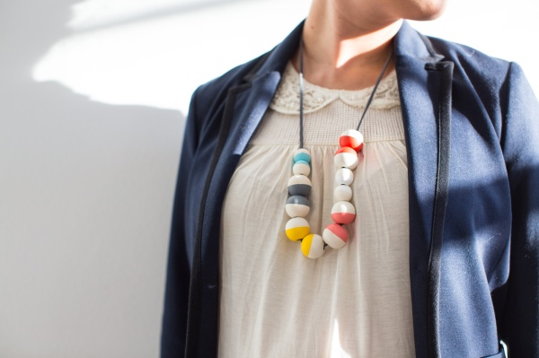 DIY_Painted_Bead_Necklace_009